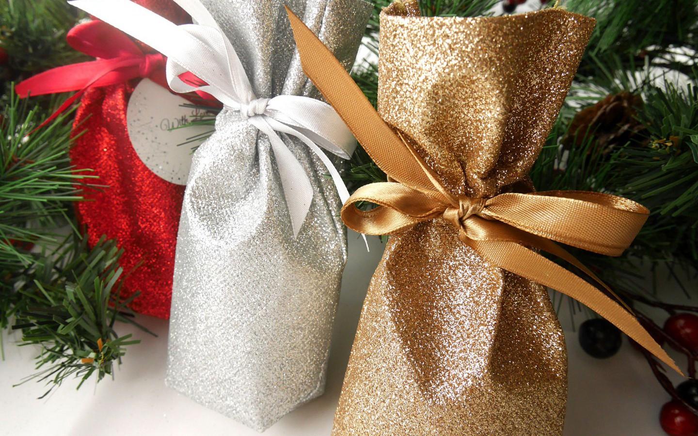 christmas-gifts.jpg